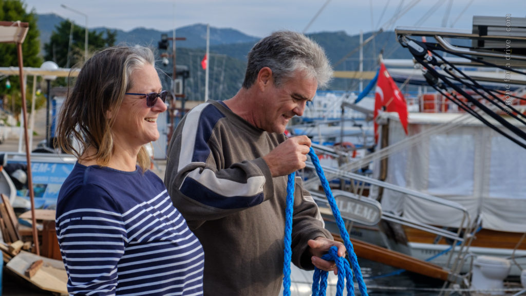 Sailing A B Sea - Aannsha und Barry