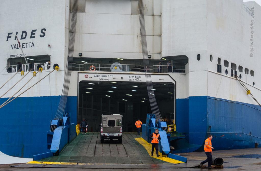 Fahrzeugverschiffung von Italien nach Israel.